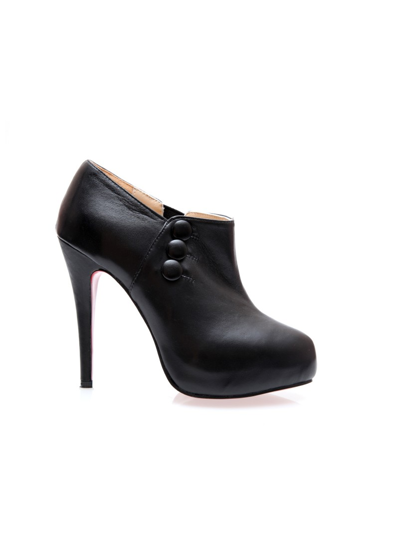 Ann Ankle Boot